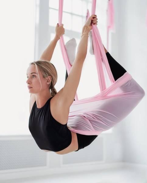 Упражнения для растяжки (стретчинг) в домашних условиях