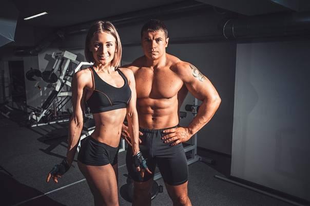 10 лучших брендов одежды для фитнеса - рейтинг 2020