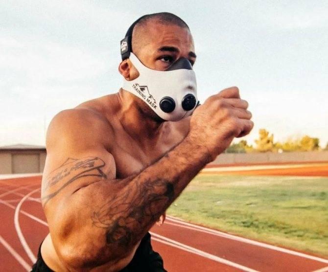 Модные защитные маски от вирусов для лица: медицинские и дизайнерские