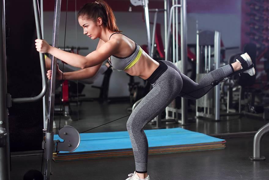 Отведение ноги в кроссовере - техника выполнения и какие мышцы работают
