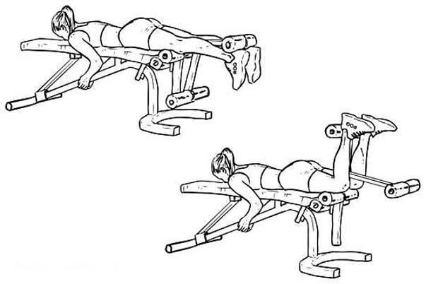 Сгибание ног лёжа: изолированная тренировка бицепса бедра