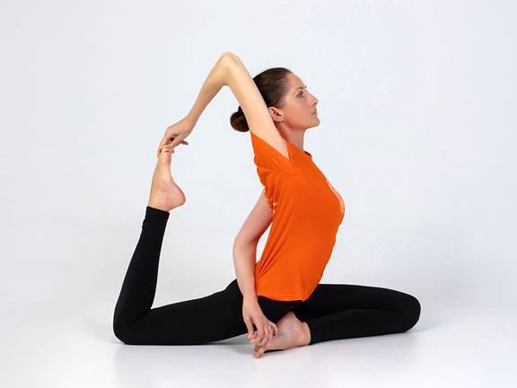 Йога от стресса: 9 упражнений йоги для начинающих