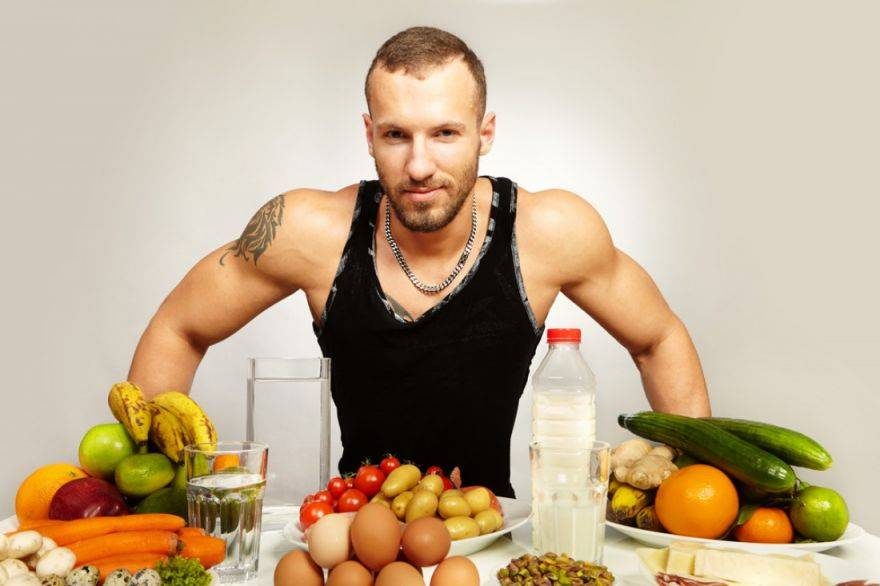 Что происходит с вашим телом, если вы регулярно тренируетесь, но не едите достаточно калорий?