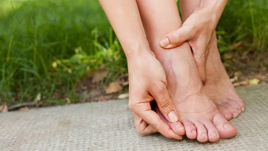 Отеки на ногах при варикозе: «скорая помощь»