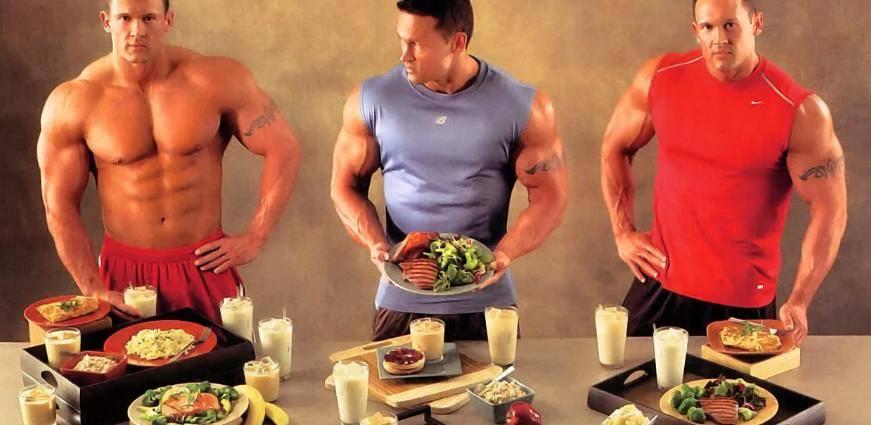 Используйте полезные жиры, чтобы набрать больше мышечной массы и повысить уровень тестостерона