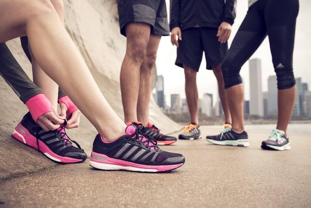 Кроссовки для бега зимой: какие выбрать, на что обратить внимание