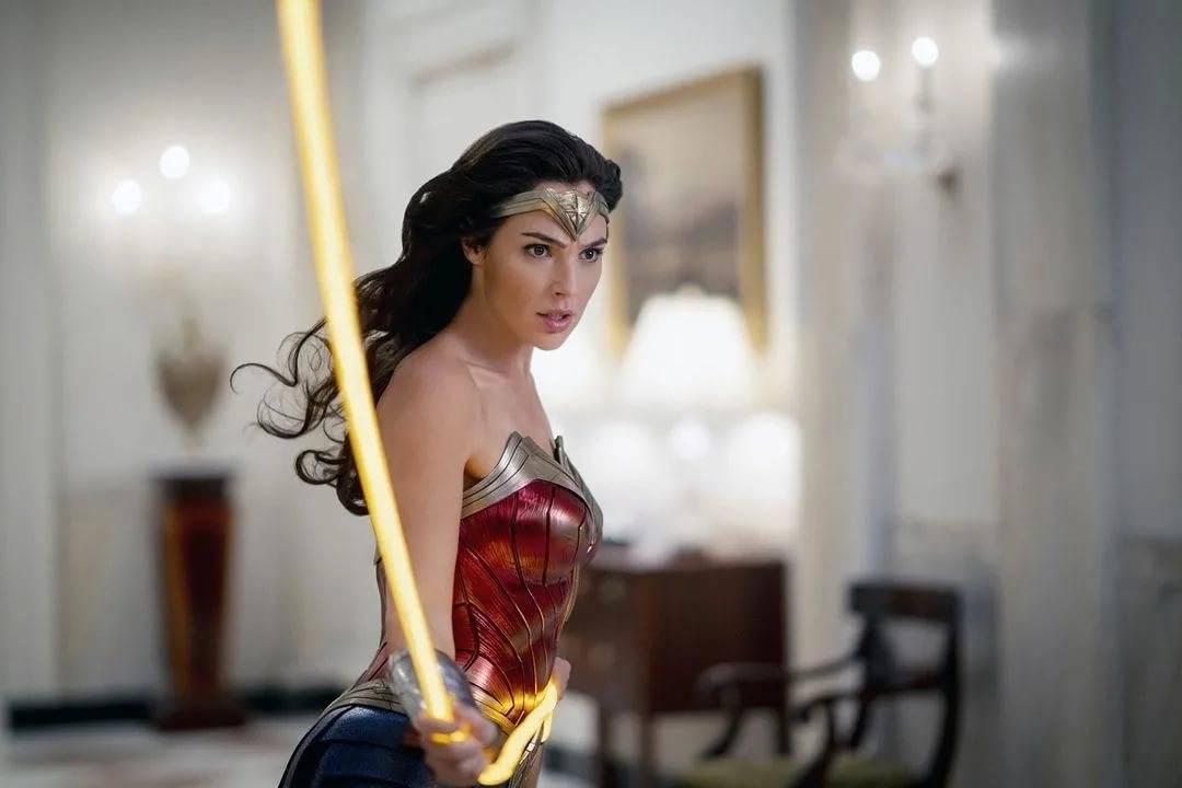 Галь гадот – какие тренировки и питание нужны для создания чудо-женщины?
