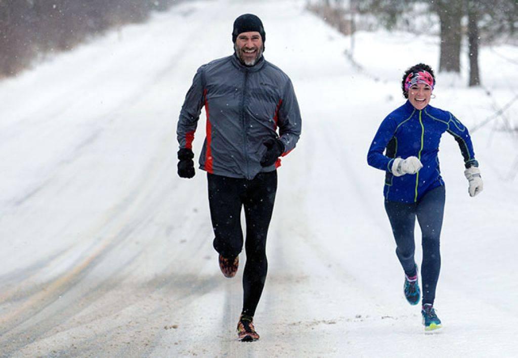 Как правильно бегать зимой на улице и не заболеть?
