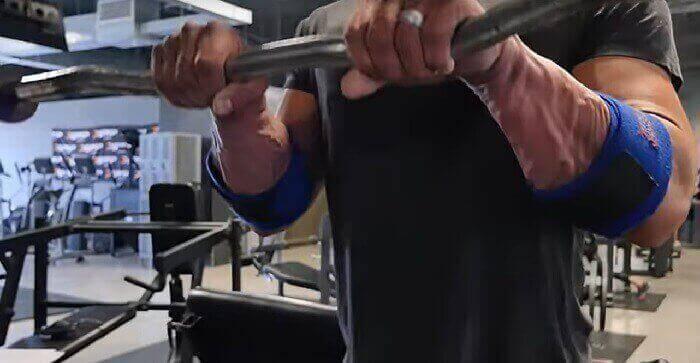 Тренировка бицепса и предплечья в тренажерном зале - лучшие упражнения