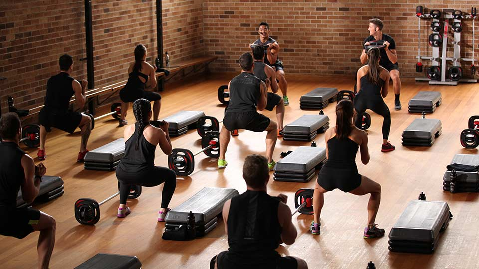 Hiit - высокоинтенсивные интервальные тренировки: продолжительно метаболических тренировок для похудения за счет сжигания жира. лучшие упражнения и комплексы виит в домашних условиях