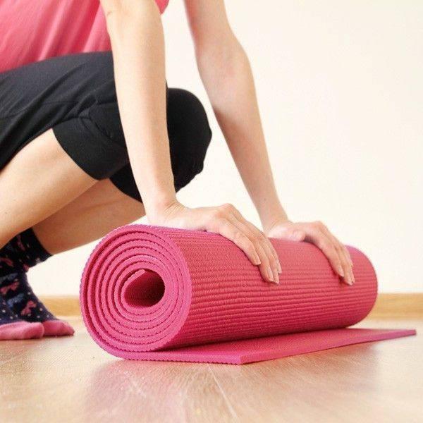 Коврик для фитнеса: виды, критерии выбора, как сделать своими руками
