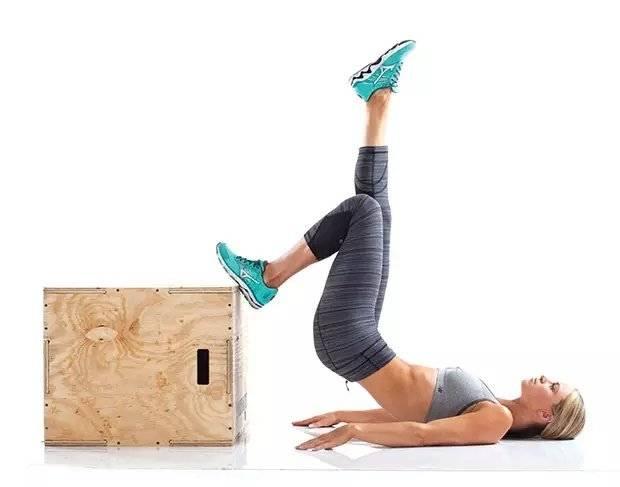 Ягодичный мостик: мышцы и техника выполнения со штангой, в смите, на одной ноге