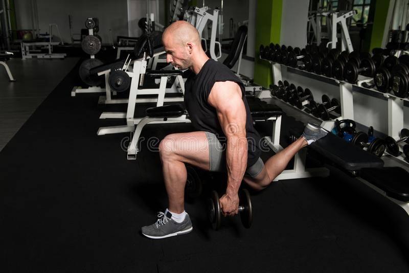 Как накачать ноги в домашних условиях. советы и тренировки