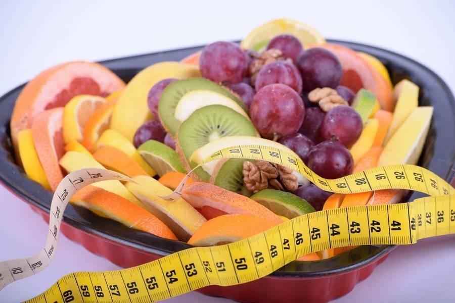 В какое время дня лучше есть фрукты?