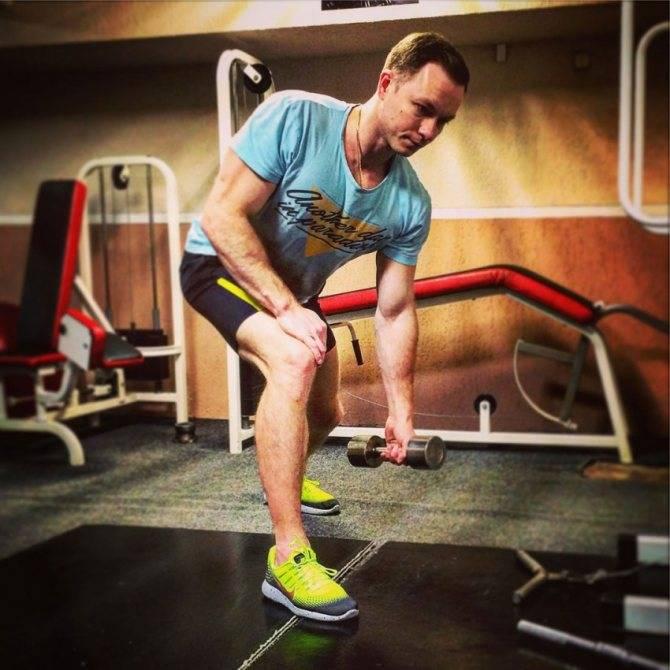 Как накачать бицепс: 9 упражнений для мужчин в домашних условиях