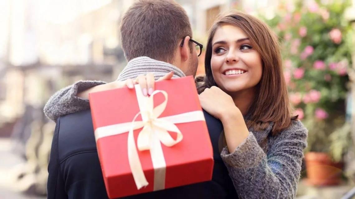 ᐉ дорогие подарки — особое внимание или безумие с моей стороны? 8 советов как баловать девушку, чтобы не разбаловать ‖ как подарить подарок девушке : ❶ методы ❷ советы ❸ инструкции от akloni
