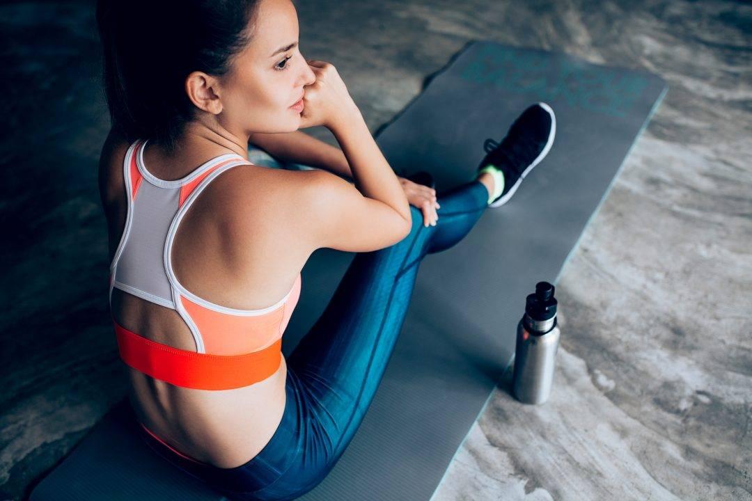 Тренировка дома: 7 правил безопасных занятий спортом
