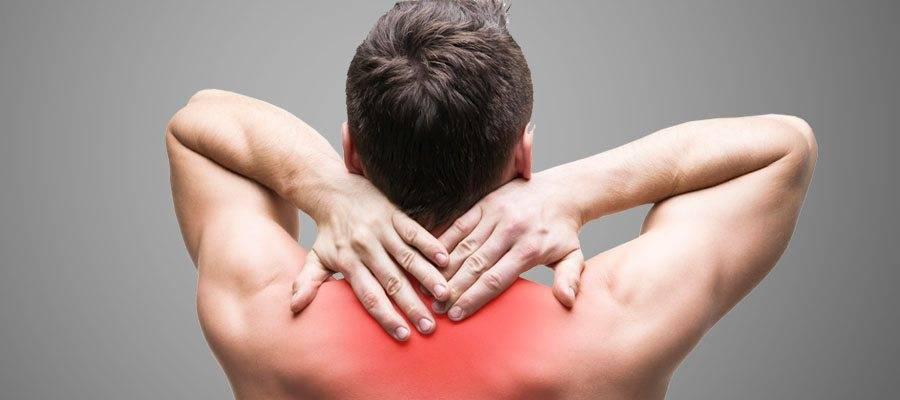 К какому врачу идти, если болит спина? | центр «меддиагностика»