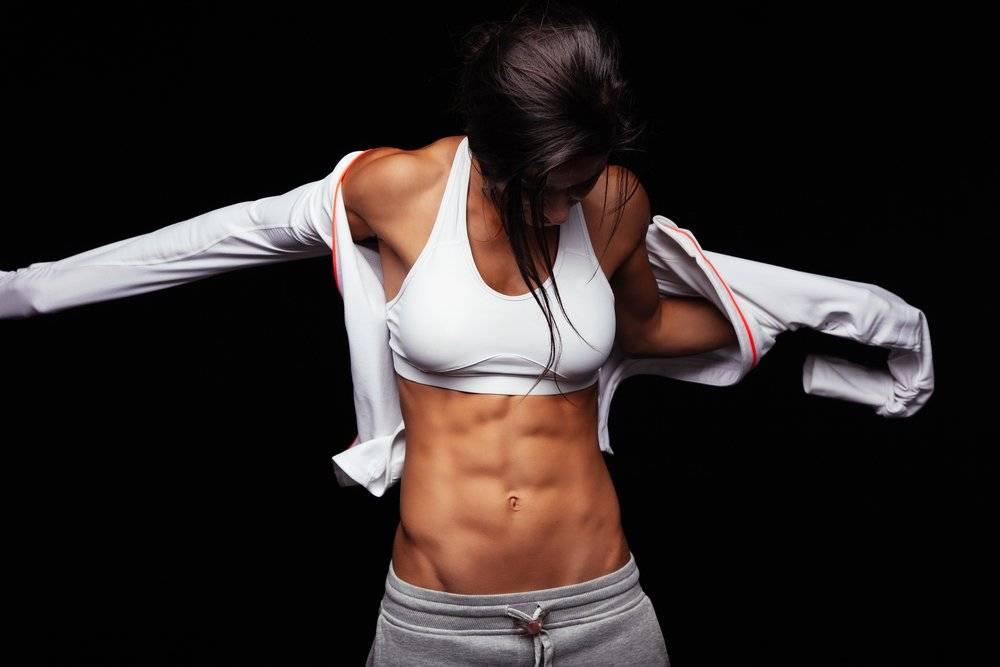 Кубики на животе: упражнения для рельефного пресса для мужчин и женщин