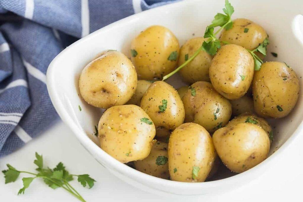 Сколько калорий в пюре из картофеля с маслом?