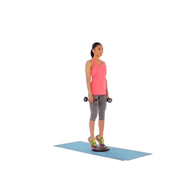 Как выполнять подъем на носки для тренировки икр?