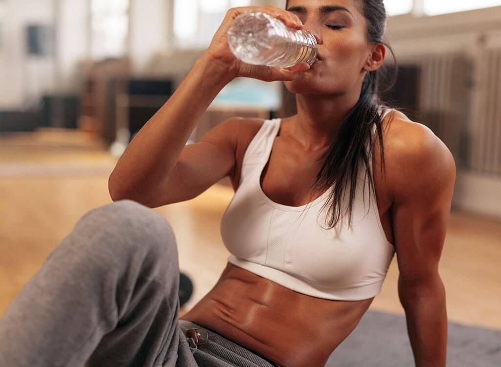Почему нельзя пить воду во время и после тренировки