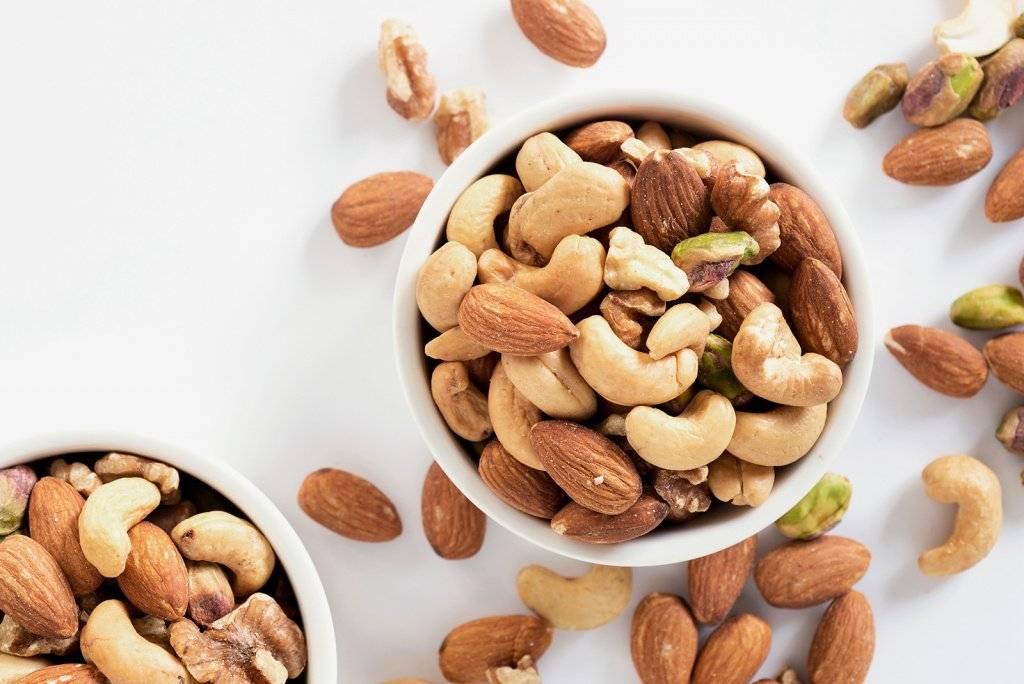 Кедровые орехи в бодибилдинге – польза и вред