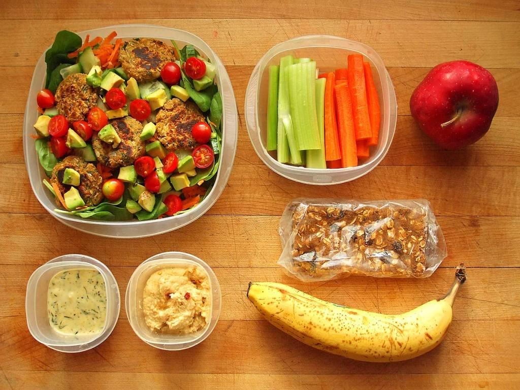 Низкокалорийные продукты: список с калориями | здоровье человека