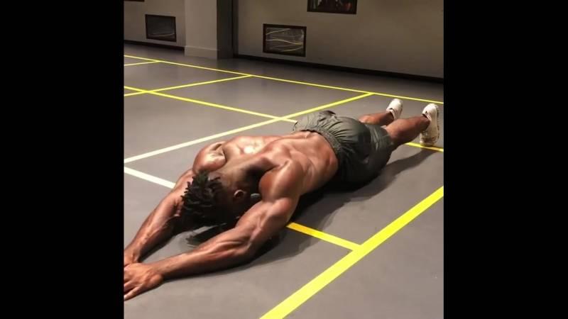 Королевская осанка: тренировки для спины и мышц кора