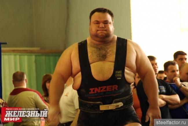 Ричард дуглас янг один из сильнейших пауэрлифтеров в истории пауэрлифтинга   powerlifting.in.ua