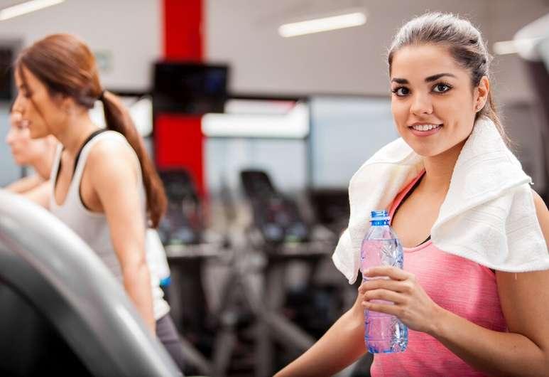 Вода для тренировок. можно ли пить воду во время тренировки