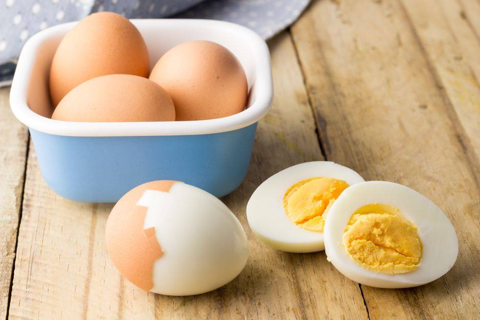 Секреты куриного яйца под скорлупой: разбираем состав
