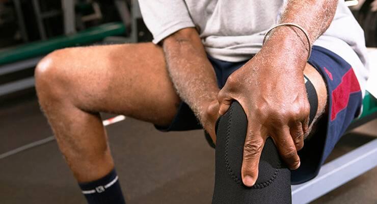 Травмы спины при занятиях бодибилдингом: причины, симптомы и лечение