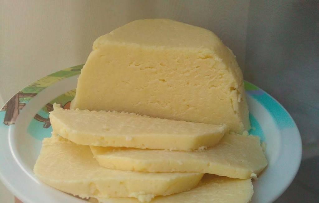 Как приготовить плавленный сыр в домашних условиях?