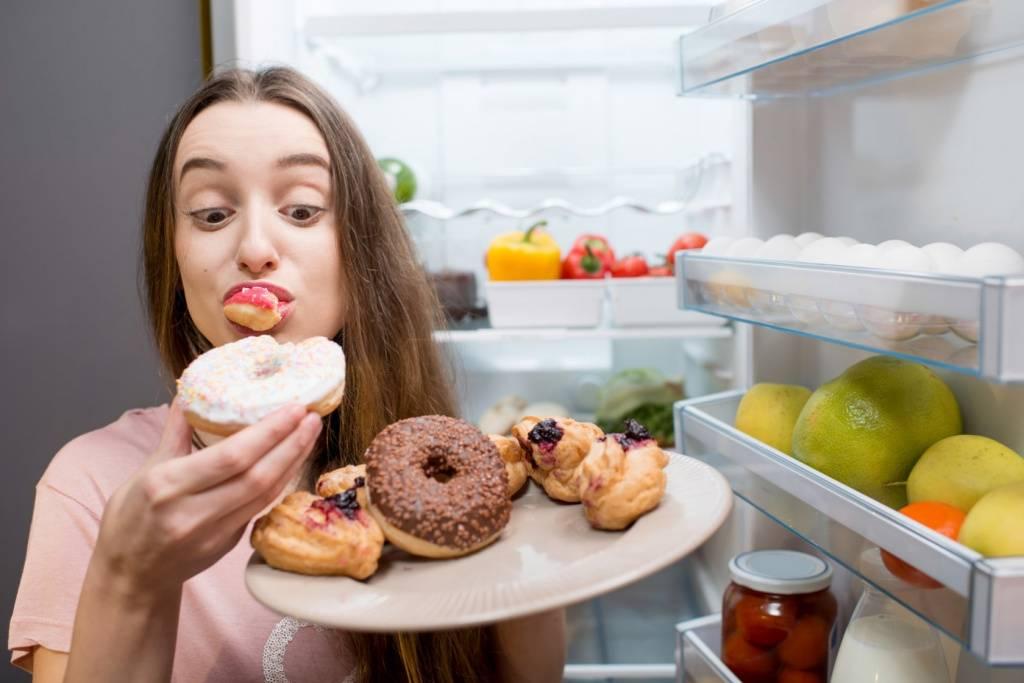 Как отучить себя есть вредное: 10хитростей