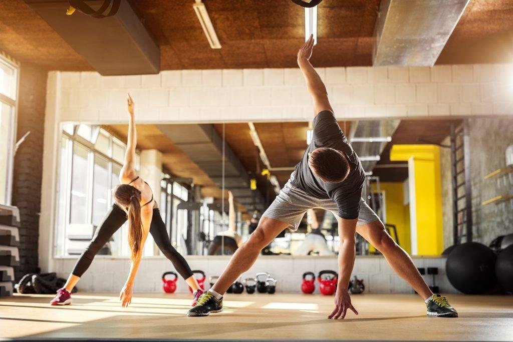 Тренировки по боксу: основные этапы, упражнения для начинающих, комплекс для зала и занятий в домашних условиях