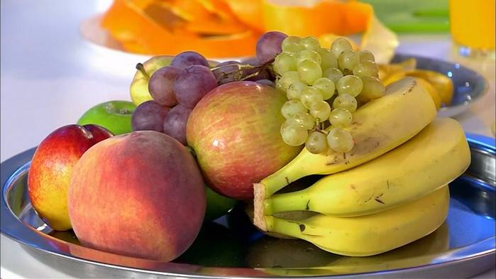 Когда лучше всего есть фрукты — утром, днем или вечером?