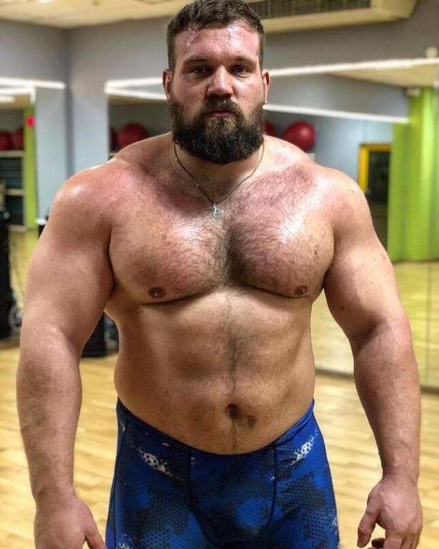 Почему некоторые пауэрлифтеры толстые?