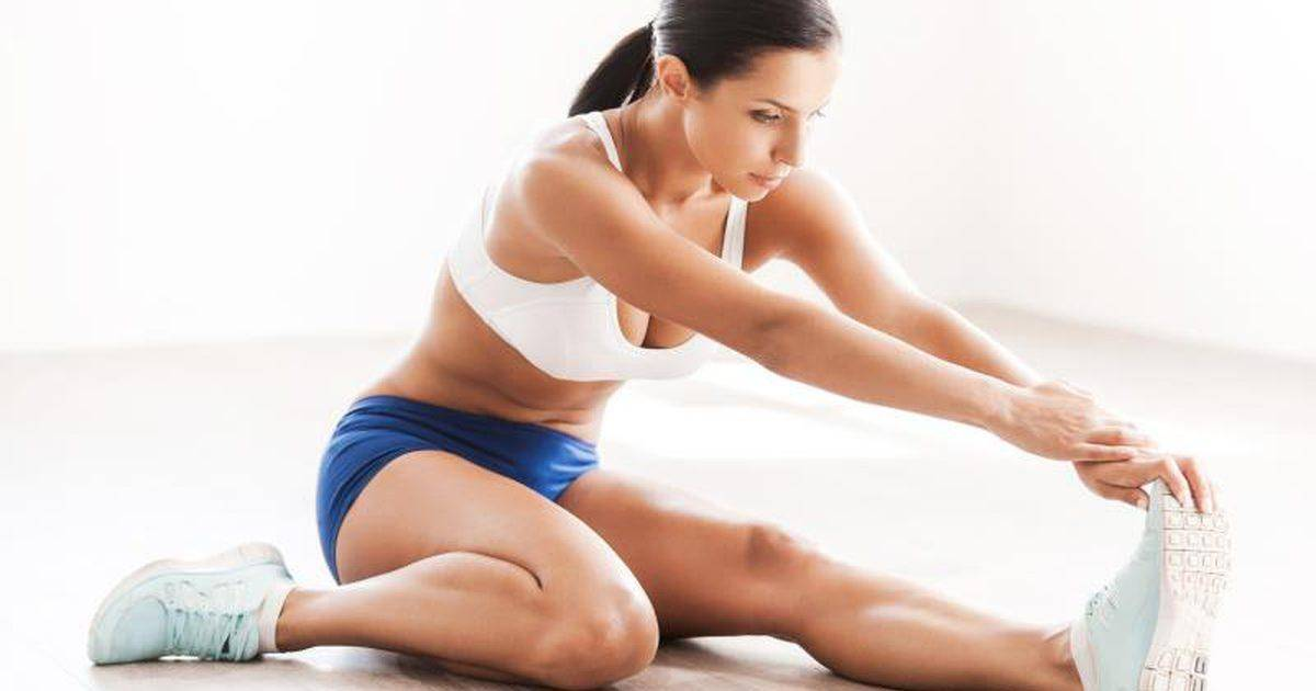 Можно ли заниматься спортом во время месячных, какие упражнения нельзя делать