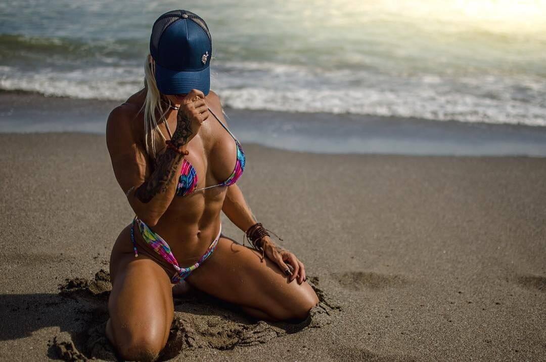 Лариса Рейс (Larissa Reis) : фото, биография, личная жизнь инстаграм красотки