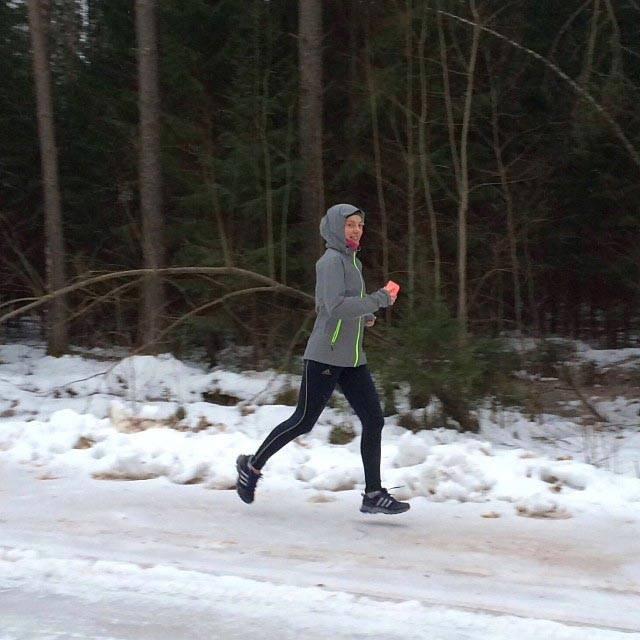 Как одеваться на пробежку зимой | школа бега run studio
