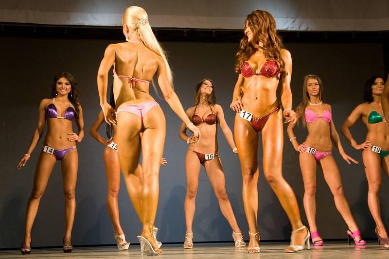 Можно ли стать фитнес-бикини с нуля тренируясь самостоятельно? ответ профессионального тренера