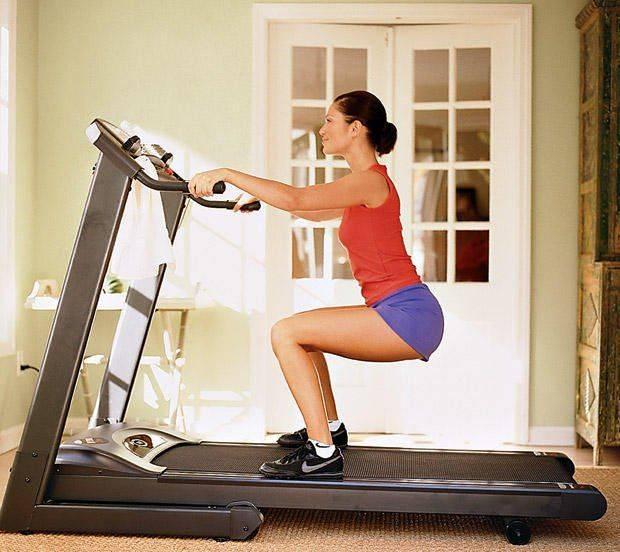 Ходьба на беговой дорожке для похудения и тренировки мышц | rulebody.ru — правила тела