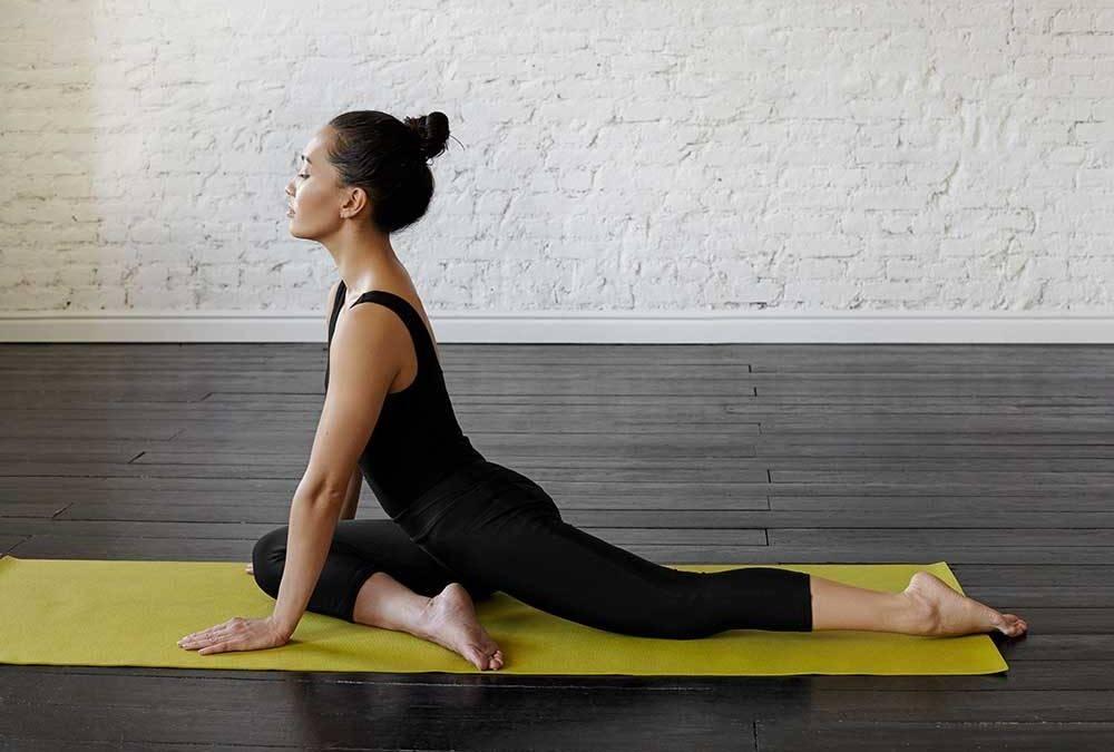 Эффективная поза для раскрытия тазобедренных суставов: маласана в йоге