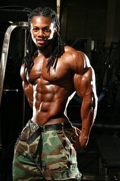 Ulisses jr тренировка плеч