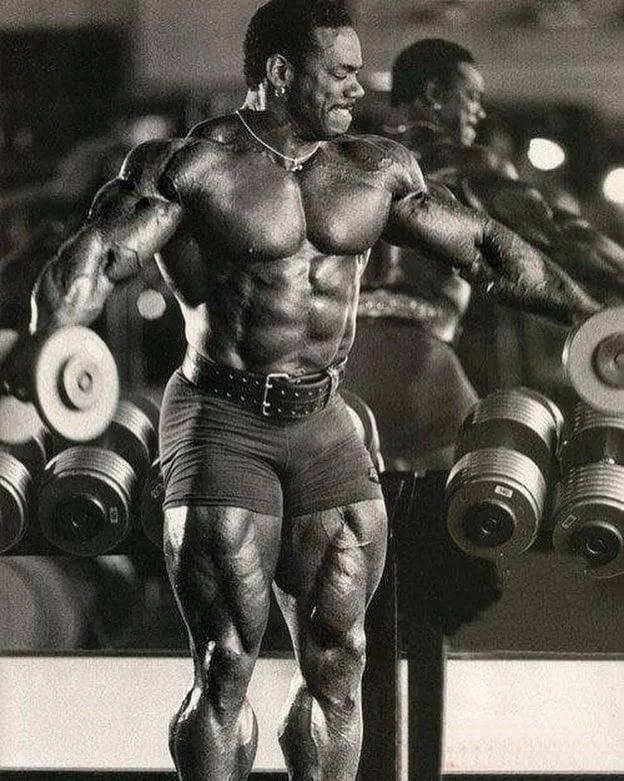 Флекс уиллер – о совремненых атлетах, спортсменах 90-х и состоянии здоровья после завершения карьеры
