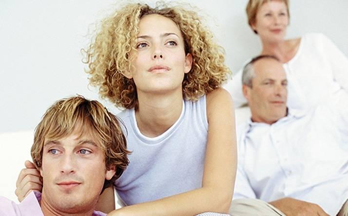 Не могу жить с его родителями!!! 7 советов психологов, консультации