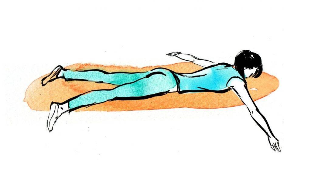 Упражнение ласточка: польза для спины, техника выполнения стоя и лежа на животе