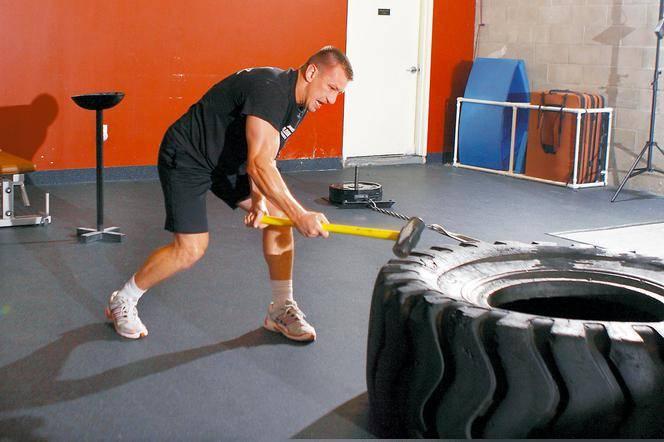 Упражнения с кувалдой и покрышкой польза и вред - всё для пользы