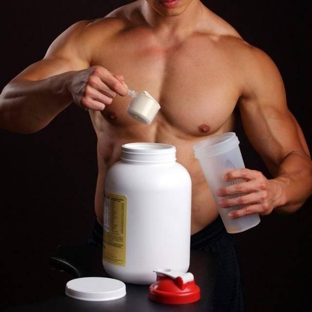 Для чего и зачем нужен протеин мужчинам и женщинам - как употреблять до / после тренировки